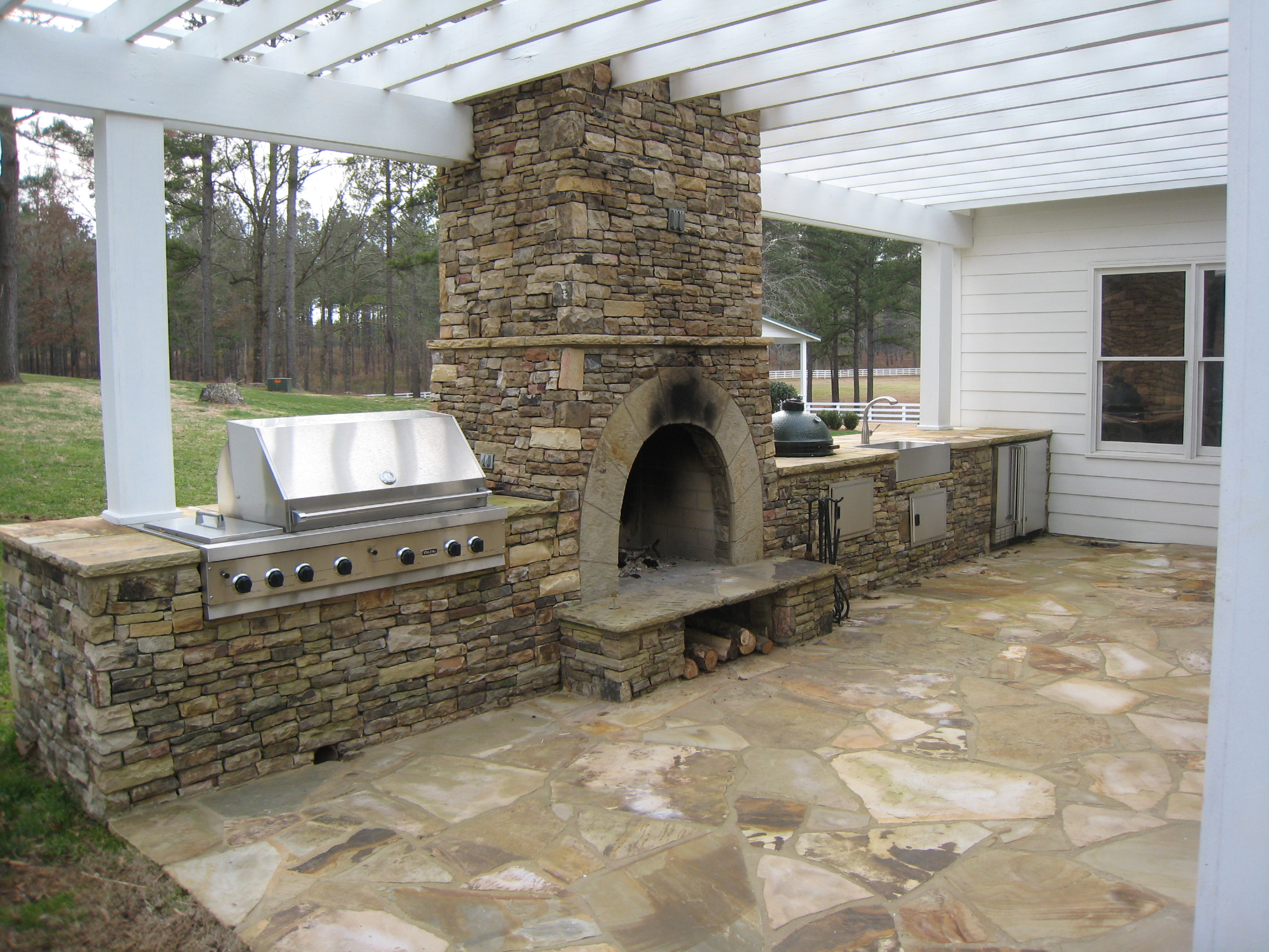 Outdoor kitchen in Eagle